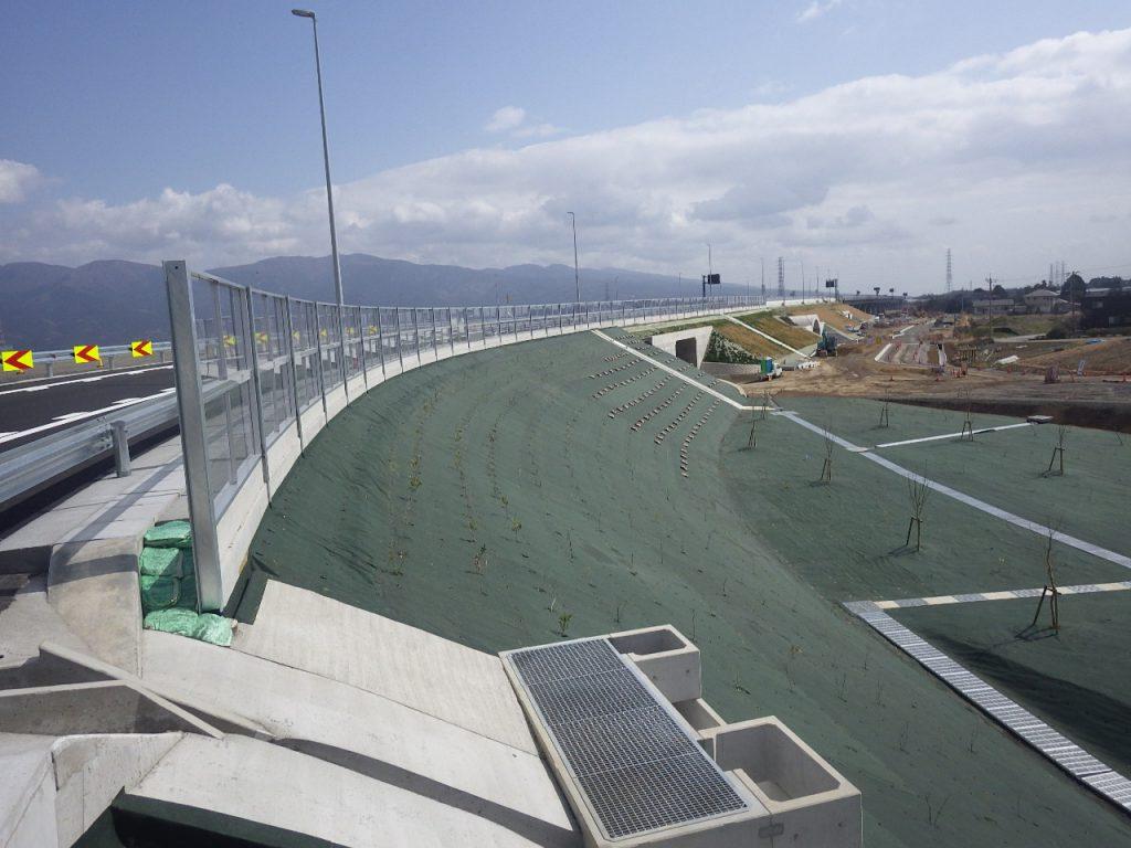 工事 道路 新 高速 東名 E1A 新東名高速道路(秦野IC-新御殿場IC)の進捗状況